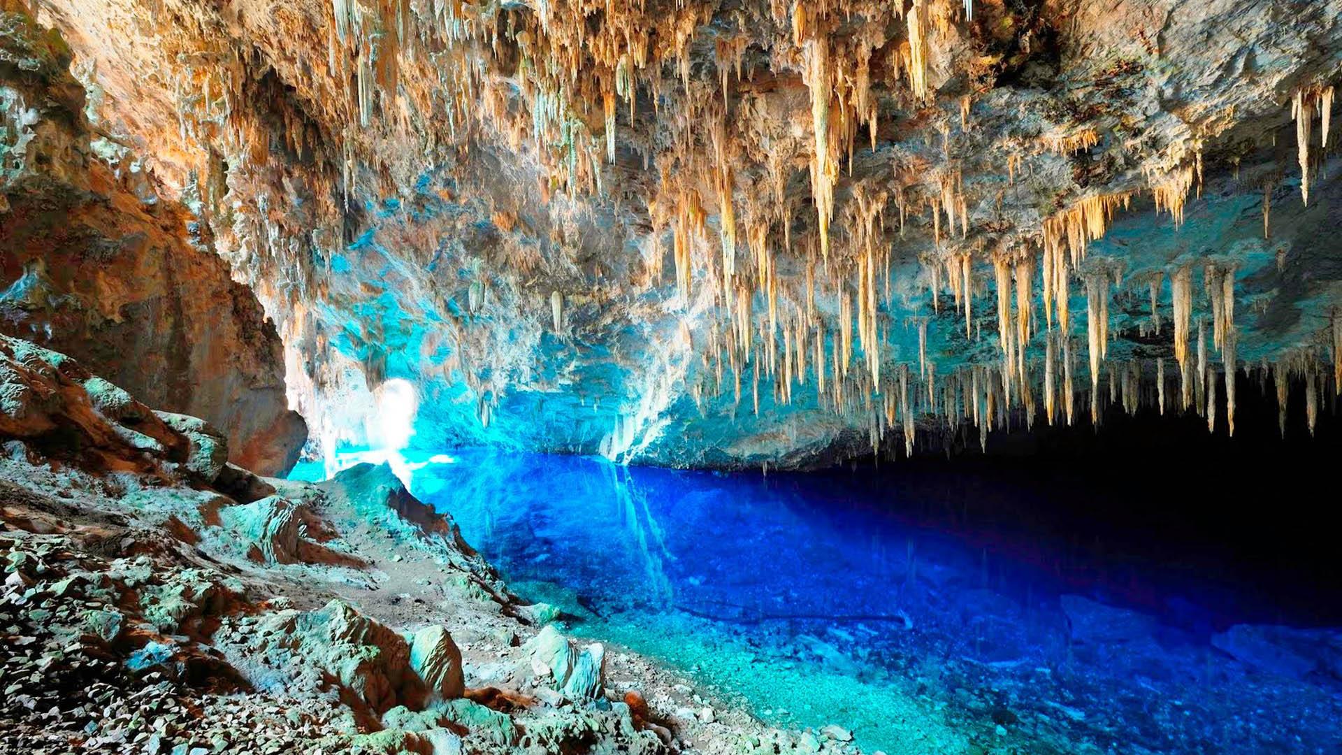 Gruta Lagoa Azul - Bonito
