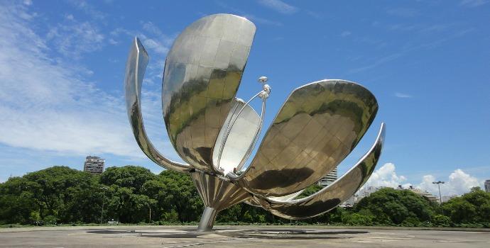 Flor Metálica em Buenos Aires