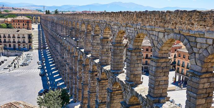 Torre de pedras em Madri