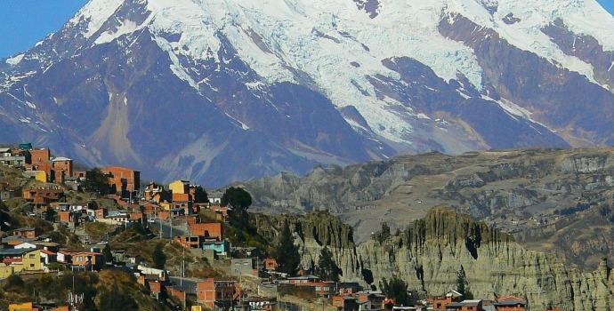 Paisagem entre montanhas de Laz Paz, Bolívia