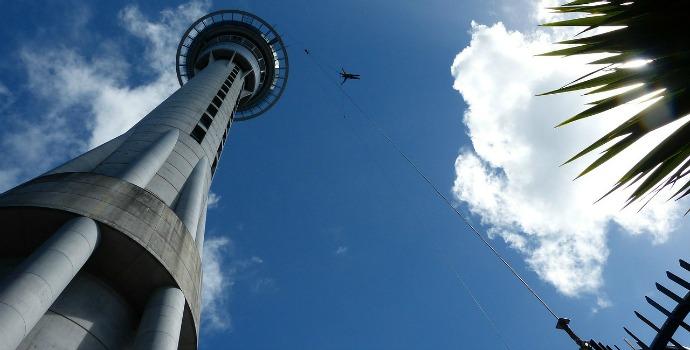 Salto de bungee jump na Nova Zelândia