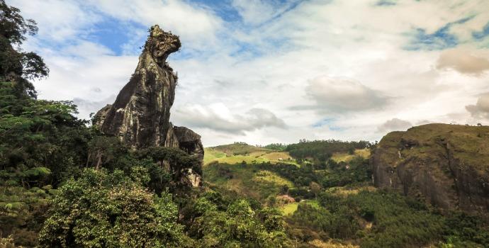 Pedra do Cão Sentado, em Friburgo