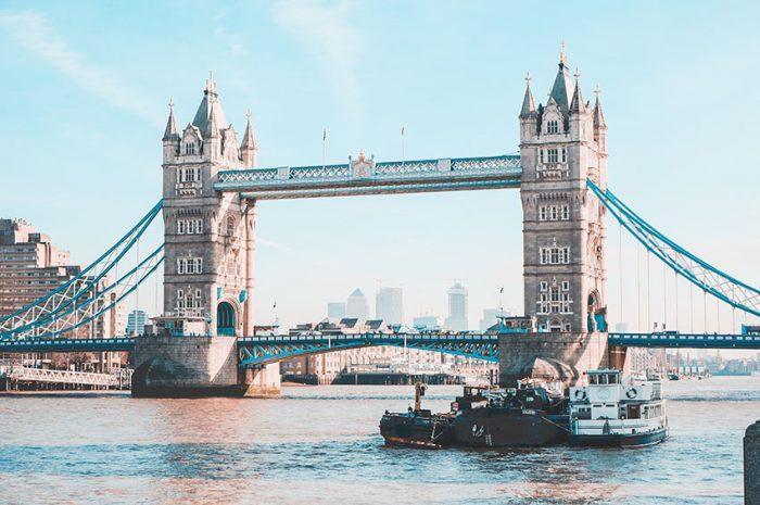 London Bridge, um dos monumentos da cidade britânica