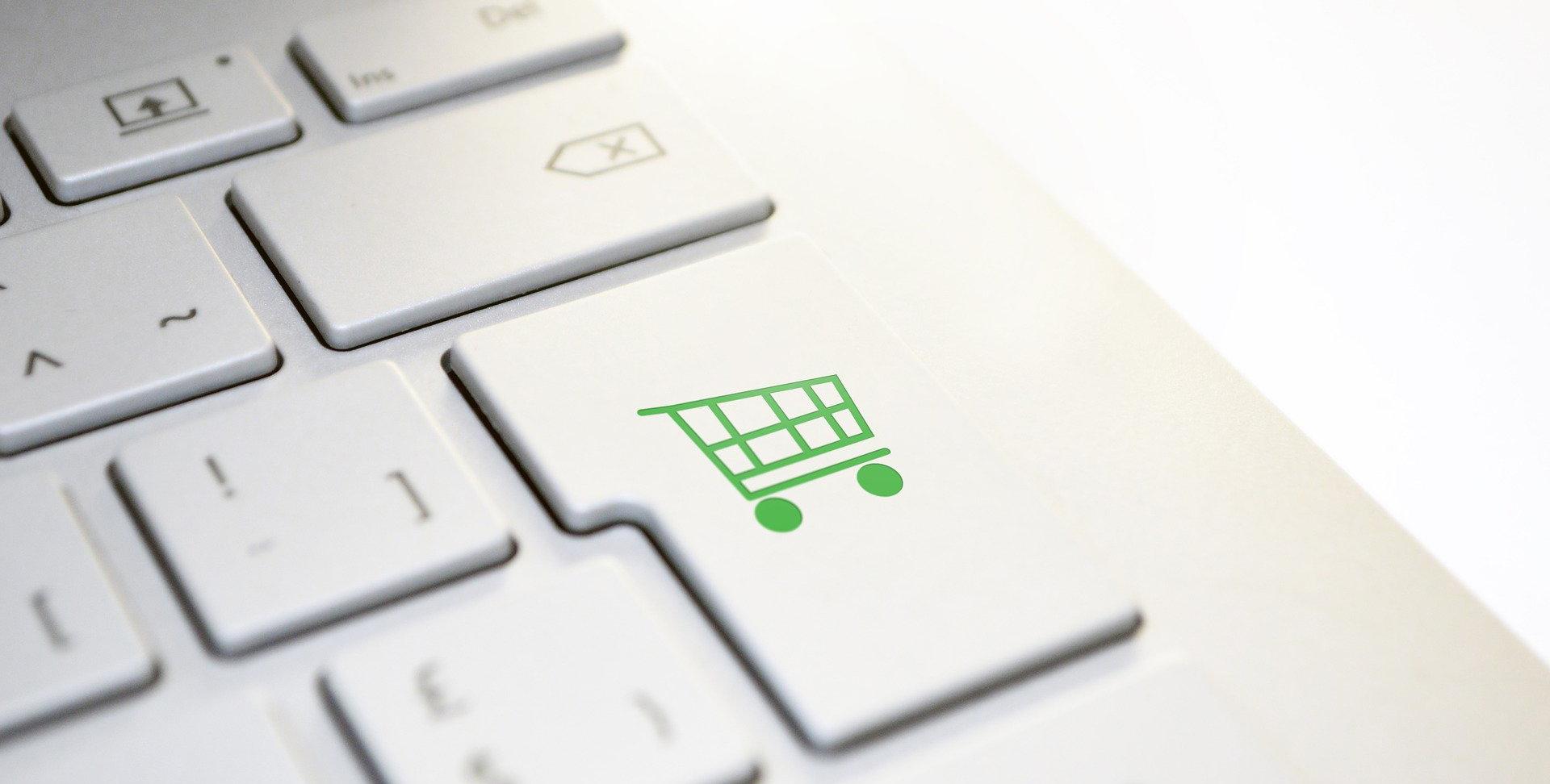 Computador com tecla de compras